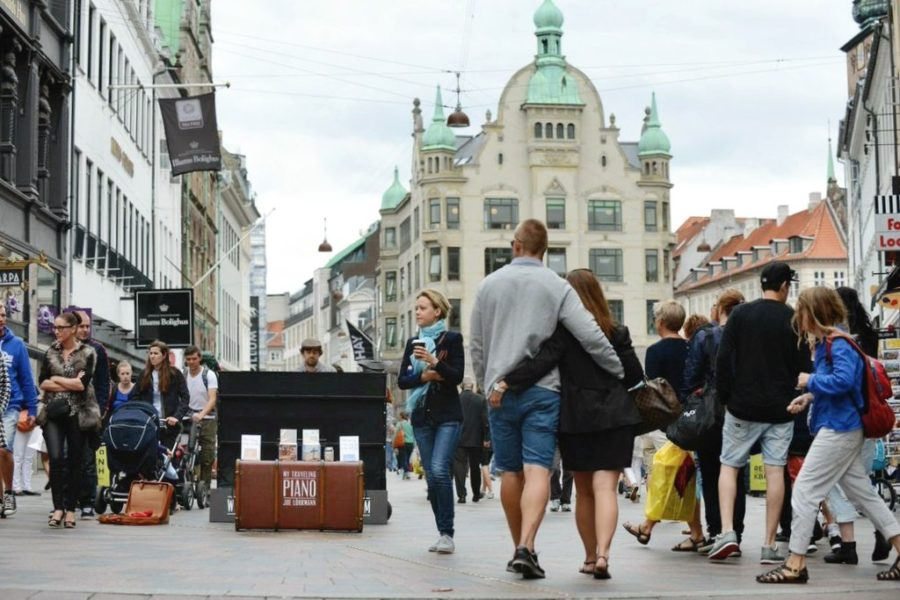 My_Traveling_Piano_Summer_Tour_2014_Denmark_23